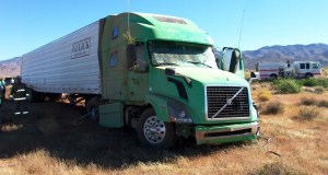 Semi wreck slows Hwy-93 traffic